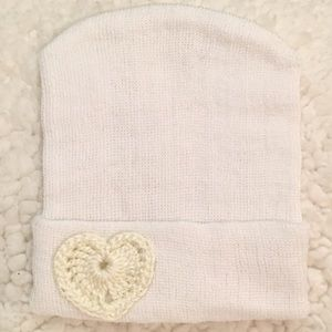 Other - .Newborn BABY Hospital WHITE Beanie with HEART.